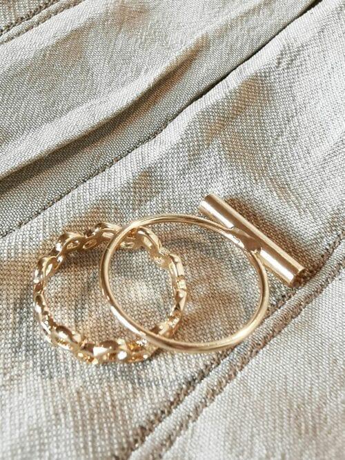 pierścionek z łańcuszkiem złoty