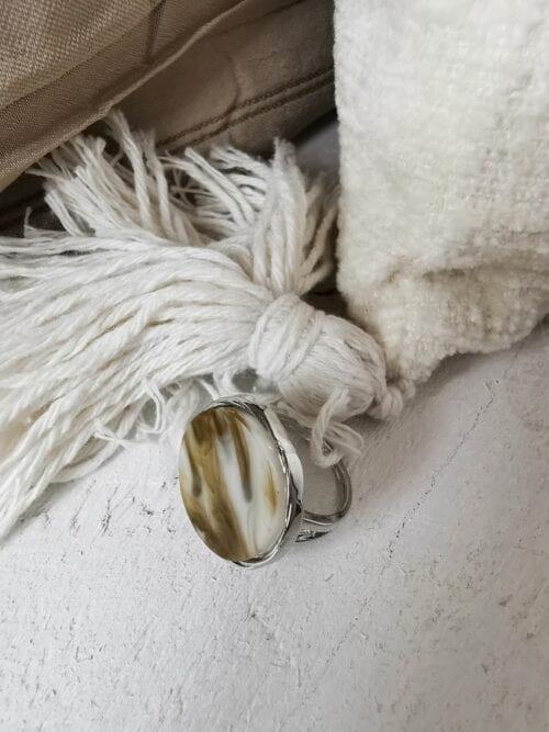 sygnet z masą perłową srebrny
