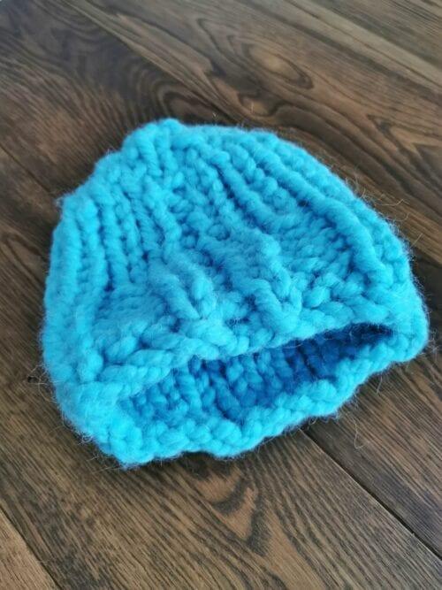 czapka na zimę turkusowa ręcznie robiona