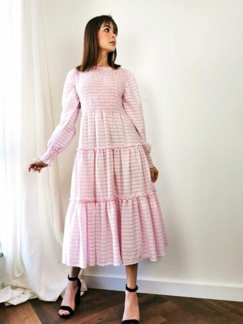 sukienka w kratkę z gumeczkami cottage girl