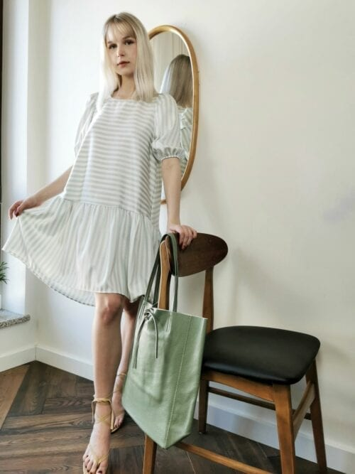 sukienka w paseczki miętowe
