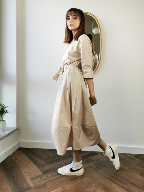 sukienka bawełniana bezowa