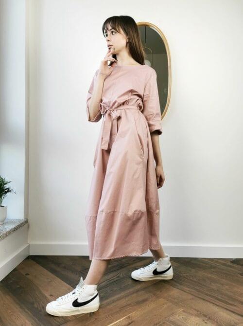 sukienka na wiosnę różowa
