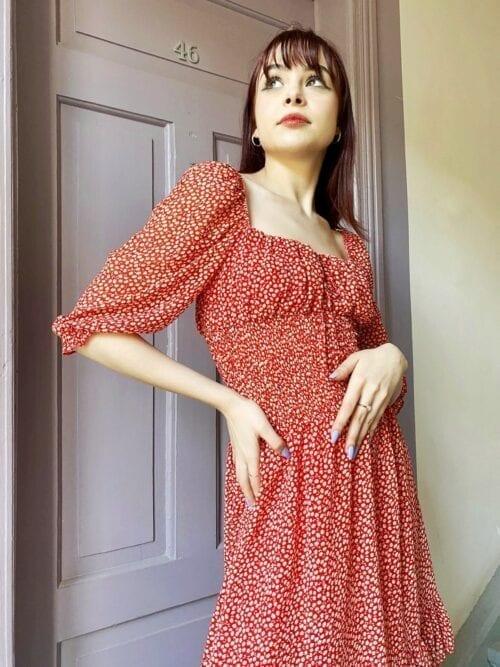 sukienka czerwona w