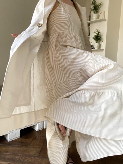 sukienka w paseczki bez pleców beżowa