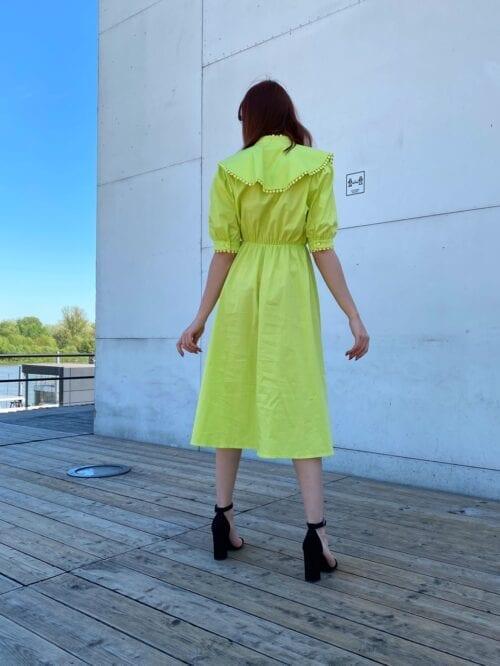sukienka lemonkowa z kołnierzem