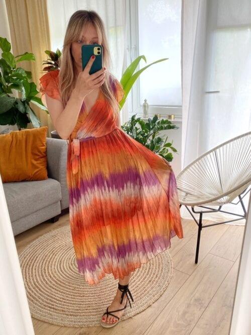 sukienka plisowana tie dye z paskiem