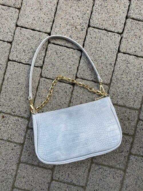 torebka skórzana szara błękitna na łańcuszku