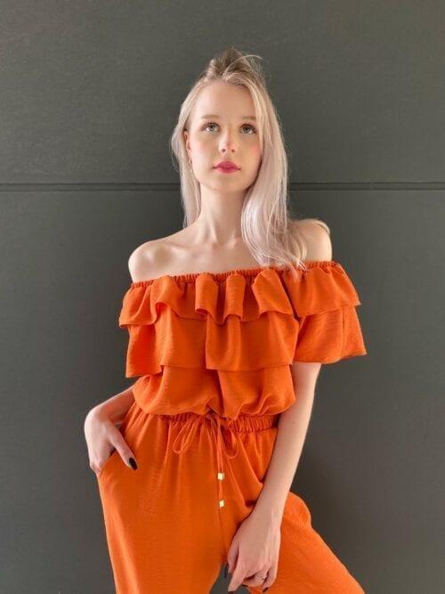 kombinezon pomarańczowy z długimi nogawkami elegancki na wesele