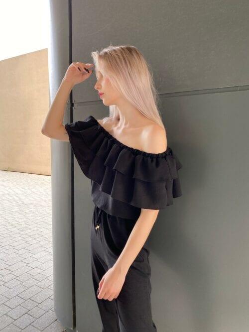kombinezon czarny z długimi nogawkami czarny z kieszeniami