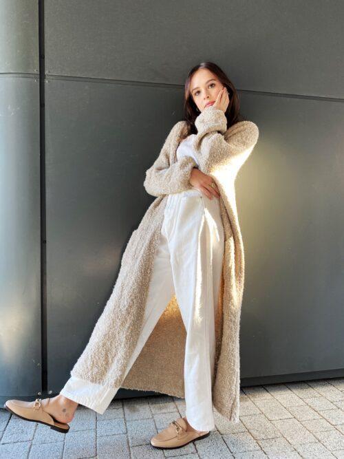 beżowy sweter długi kardigan płaszcz
