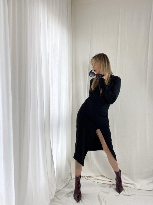 sukienka czarna tuba obcisła klasyczna