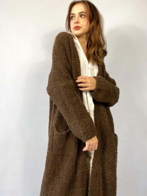 sweter kardigan długi w kolorze gorzkiej czekolady